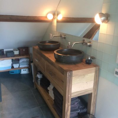 wastafel badkamer zolderverdieping Amsterdam